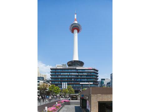 ①京都タワー(昼)
